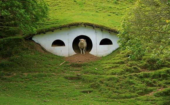 Hobbiton Hobbiton Hobbiton