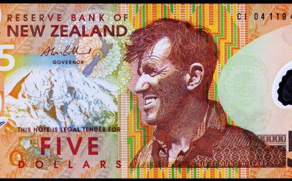 новая зеландия 5 долларов 2009
